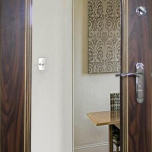 Входная дверь Офис-Элит зеркало
